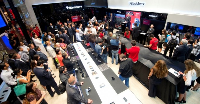 Audience at the opening of the first BlackBerry Retail Store in the Middle East copy