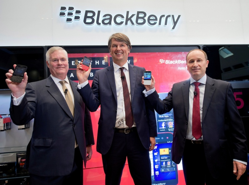 Robert Bose, Regional MD, EMEA - BlackBerry, Kristian Tear, Global COO - BlackBerry and Roger Enright, Director Product Management - EMEA, BlackBerry with the new BlackBerry Q5 copy