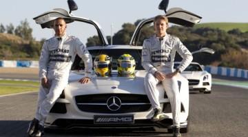Lewis-Hamilton-Nico-Rosberg-1024x576-1000x562
