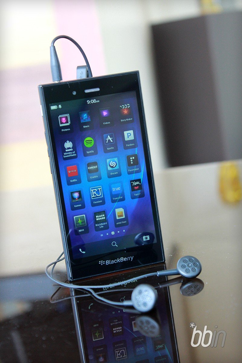 Get the BlackBerry Z3 for just Rs  11,111 today on Amazon Appiness